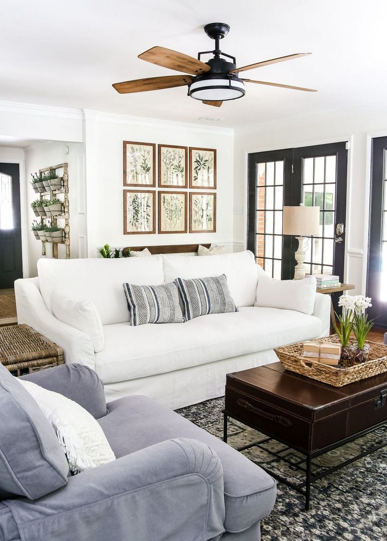 37+ Comfy French Country Living Room Decor Ideas - Page 9 ...